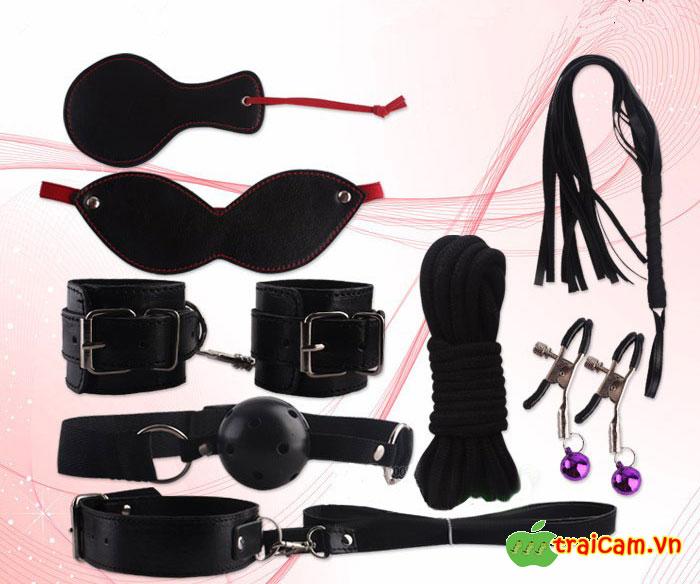 Bộ đồ chơi phòng the 8 món màu đen sang chảnh giúp cặp đôi thêm hưng phấn khi quan hệ