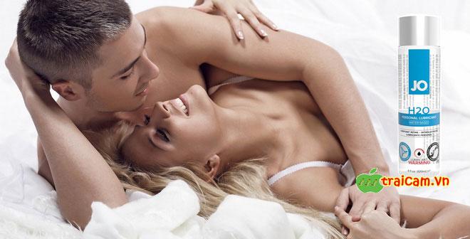 Gel bôi trơn gốc nước JO H2O giúp bạn thoải mái hơn khi quan hệ tình dục 3
